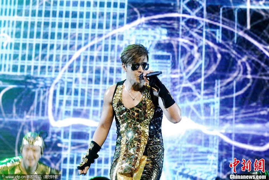 罗志祥/5月11日,上海,罗志祥2014舞极限演唱会在上海举行,穿黄金...